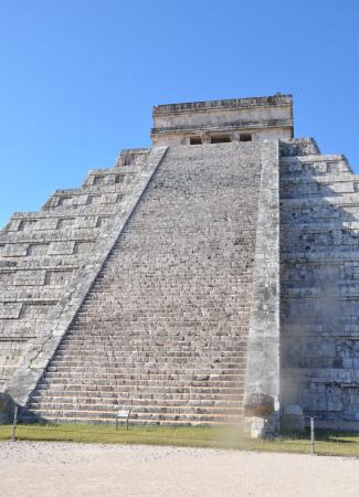 Two Travel The World - Chichen Itza: Maya Temples in the Yucatan